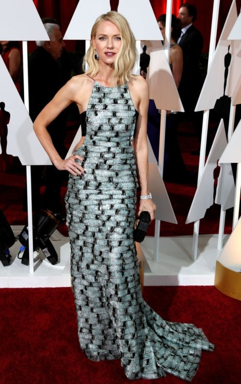 Oscars-2015-Ryan-Seacrest-Snubs-Naomi-Watts-on-the-Red-Carpet-Video-474016-2