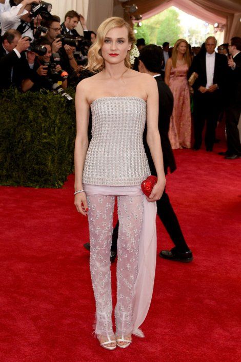 Diane-Kruger-in-Chanel