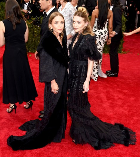 "NEW YORK, NY - MAY 04:  Mary Kate and Ashley Olsen attend the ""China: Through The Looking Glass"" Costume Institute Benefit Gala at the Metropolitan Museum of Art on May 4, 2015 in New York City.  (Photo by Jamie McCarthy/FilmMagic)"