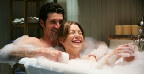 Greys-Anatomy-season-11-bath-tub-888x456