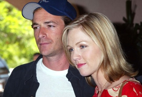 Jennie-Garth-Luke-Perry_650x447
