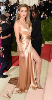 amber-heard-2016-met-gala-in-nyc4-662x994